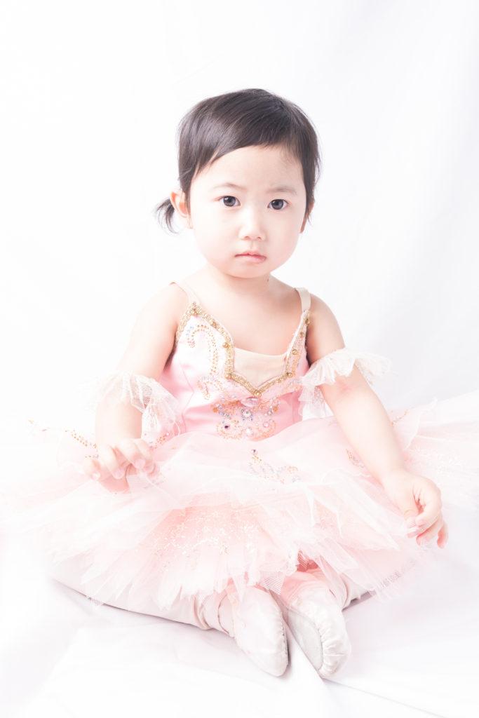 バレエ衣装の子供の写真