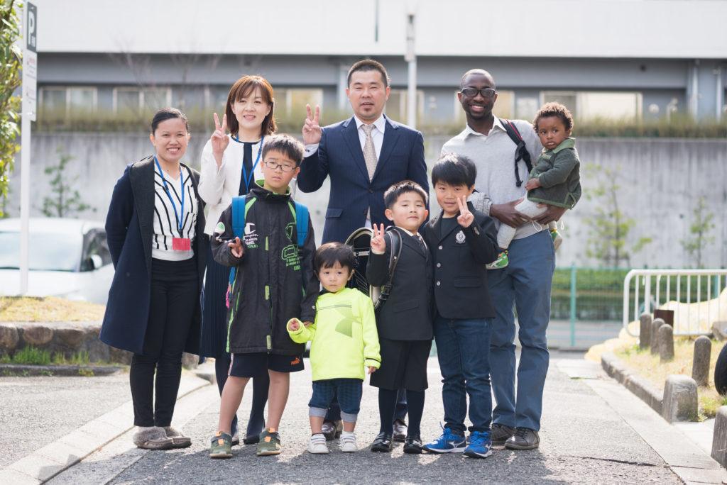 入学式前の記念写真